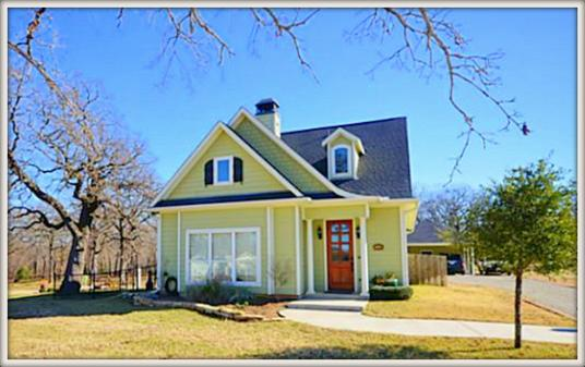 Beautiful Cottage Style Home In 13115 Rudys Way Streetman, Texas