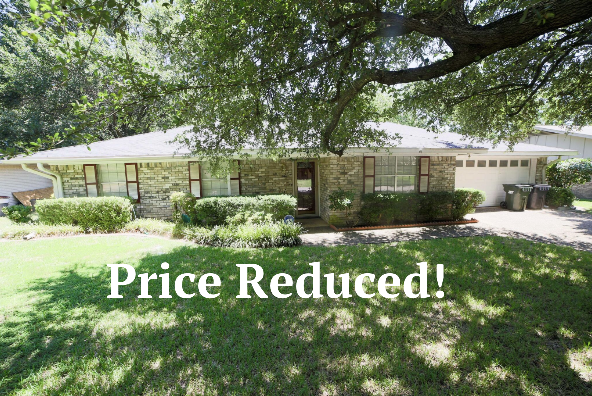 MOTIVATED SELLER! Own this Reduced Price Beautiful Home in Corsicana! You may contact me for more info. Phyliss Jones, Realtor (903) 654-0337.